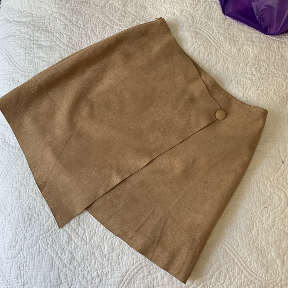 Shandu Dresses & Skirts - Coachella Bound? NEW Faux suede asymmetrical skirt